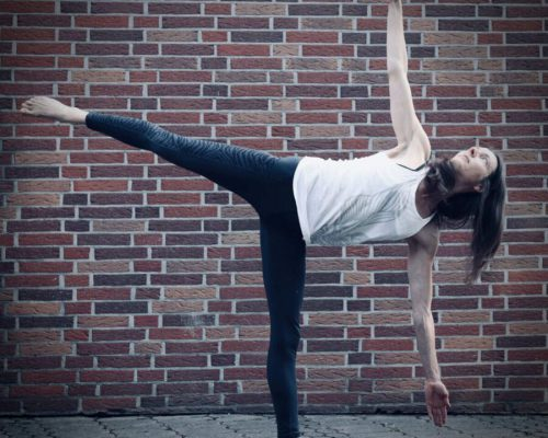 Learn to flow - Ardha Chandrasana